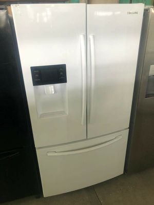 Samsung French door refrigerator for Sale in Corona, CA