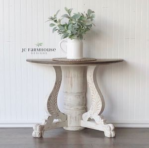 Beautiful Antique Claw Foot Accent Table for Sale in Peyton, CO