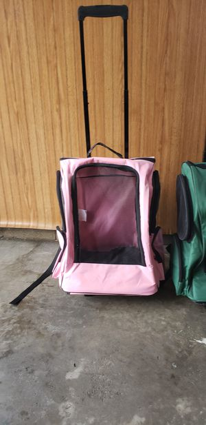 Travel carrier with wheels for cats or small dogs, new , each one $20.00 for Sale in Henderson, KY