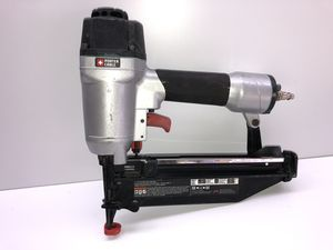 """Porter Cable FN250SB 16 Gauge 1""""- 2-1/2"""" Pneumatic Finish Nailer nail gun in excellent condition. Price is firm for Sale in San Antonio, TX"""