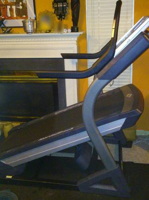 NordicTrack X9I Incline Trainer Treadmill for Sale in Fairfax, VA