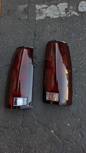 Free Delivery Chevy Silverado Tahoe Suburban Gmc Yukon Sierra Taillights 88 to 98 for Sale in Fresno, CA