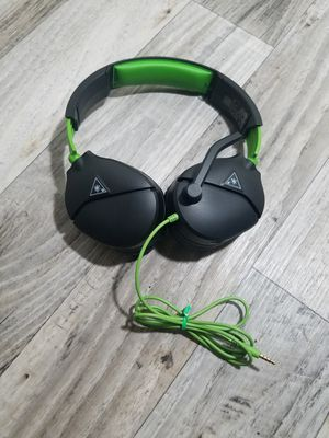 Turtle Beach Recon 70 Gaming Headset for Xbox One, PlayStation 4 Pro, PlayStation 4, Nintendo Switch, PC, and Mobile - Xbox One for Sale in Phoenix, AZ