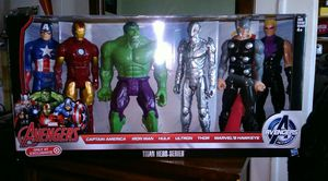 """6 12""""Avengers figures titan set new for Sale in Bronx, NY"""