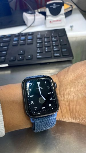 Apple Watch 5 gen 46mm just 2 months that I got it for Sale in Rancho Cucamonga, CA