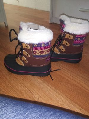 Snow boots for girl for Sale in Yakima, WA