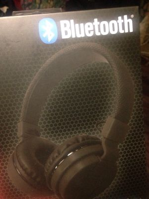 Wireless Bluetooth HeadPhone for Sale in Florissant, MO