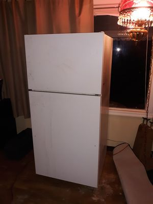 Fridge works great for Sale in Orland, CA