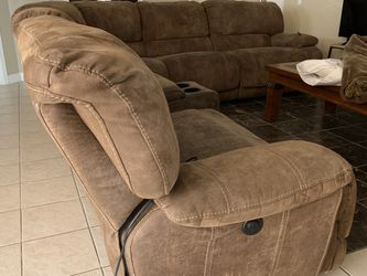 Electric Sectional, Two Recliners On Each End for Sale in Houston,  TX