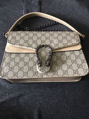 Stunning Ladies Fashion Bag for Sale in Fresno, CA