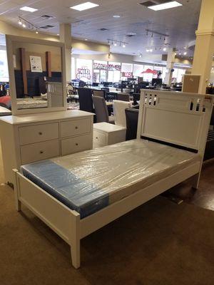 White Twin Bedroom Set for Sale in Phoenix, AZ
