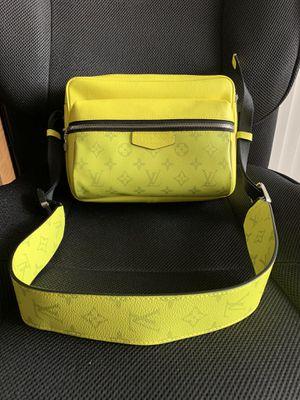 Louis Vuitton Bumbag Shoulder Bag for Sale in Mesquite, TX