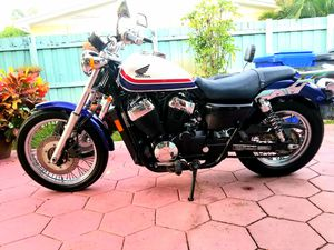 2011 HONDA SHADOW RS 750CC for Sale in Pembroke Pines, FL
