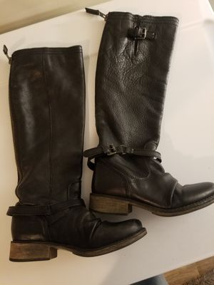 Steve madden leather boots 7.5 for Sale in Wellford, SC