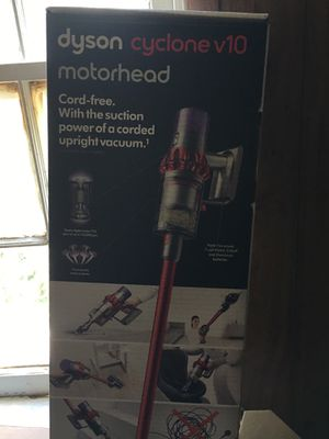 Dyson V10 for Sale in Baltimore, MD