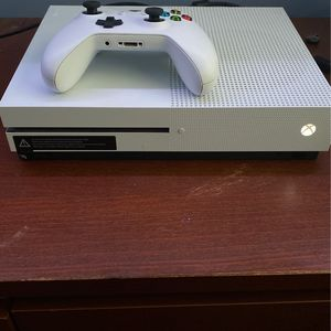 Xbox One S 1TB for Sale in Woodbridge, VA