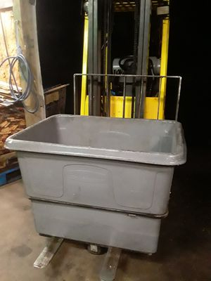 Storage bins containers for Sale in SeaTac, WA