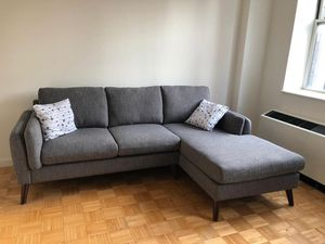 Right hand facing sectional couch from Wayfair for Sale in New York, NY