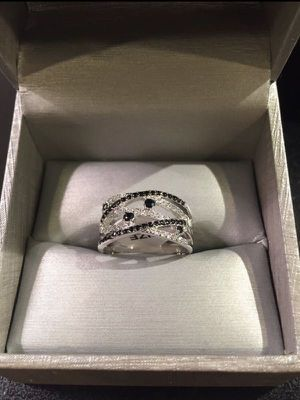 925 Sterling Silver Diamond Ring - Black/Silver for Sale in Houston, TX