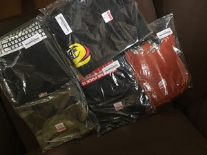 Supreme 2019 spring/summer tees XL for Sale in Las Vegas, NV