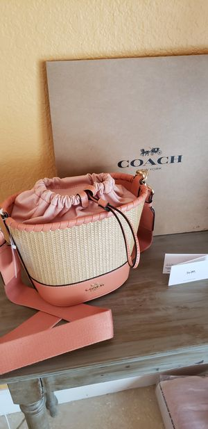 Brand New Authentic COACH Straw Bucket Crossbody Purse for Sale in Fort Lauderdale, FL