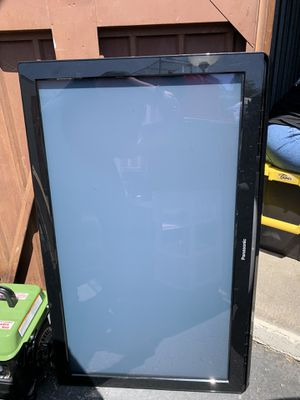Panasonic 40 in tv for Sale in Los Angeles, CA