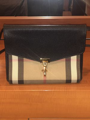 Burberry House Check Macken Small Crossbody Bag for Sale in Queens, NY