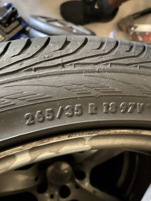 Mercedes E350 tires and rim for Sale in Orlando, FL