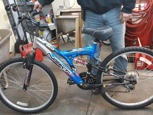 21 speed mountain bike for Sale in Henry, IL