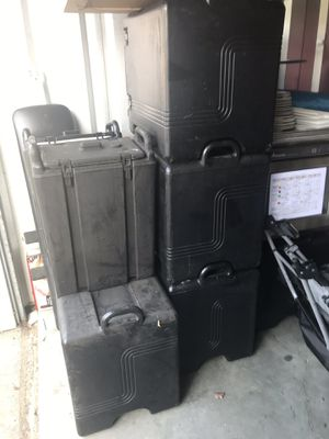 Catering containers for Sale in Bethel, CT
