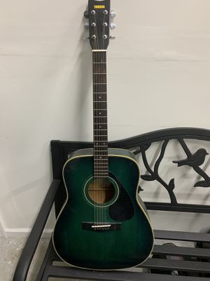 Yamaha Guitar for Sale in Winterville, NC