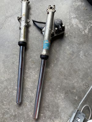 free motorcycle forks today only tomorrow will be in trash for Sale in Lehigh Acres, FL