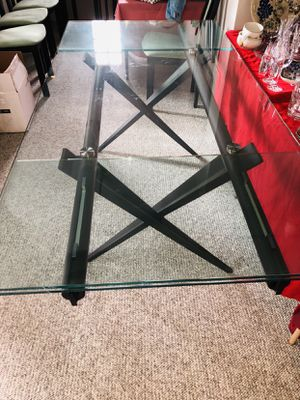 Tobin glass dining table for Sale in Cupertino, CA