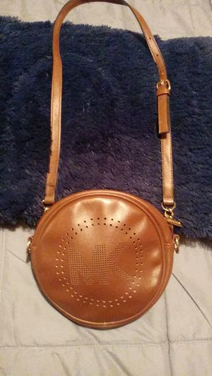Michael Kor Purse. Like brand new. Never been used. Small and fashionable. for Sale in Painesville, OH