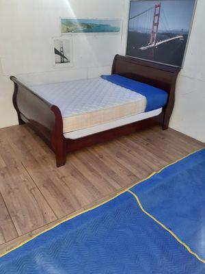 Queen bed set for Sale in Oakland, CA