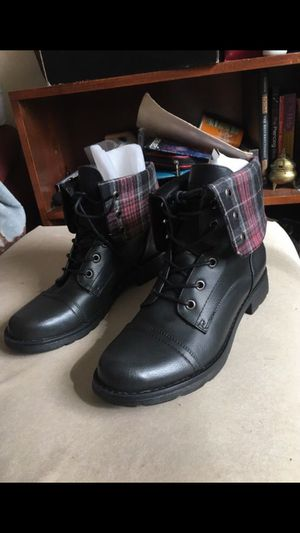 Black Combat Booties Size 9.5 Never Worn Shoe Dazzle for Sale in Takoma Park, MD
