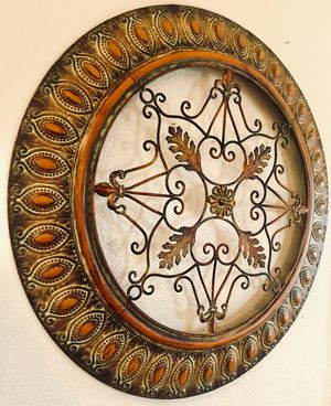 Beautiful metal decorative wall art W30xD1 inch for Sale in Sun Lakes, AZ