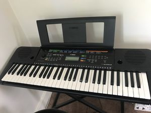 Yamaha PSR-E253 for Sale in Bridgeville, PA