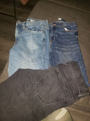 Kids clothes. 29x30 3 pairs, girls 8 skinny,boys 5t for Sale in Reedley, CA