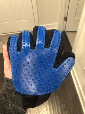 Pet grooming glove for Sale in Gainesville, VA