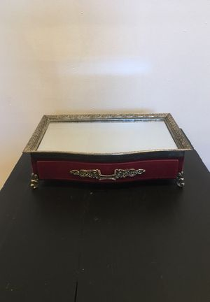 Cute Red Velvet Jewelry Box for Sale in Los Angeles, CA