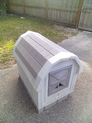 Dog house for Sale in NEW PRT RCHY, FL