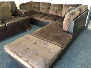 LAST ONE! 3 piece sectional sofa chocolate includes ottoman. First $400 takes! for Sale in Riverside, CA