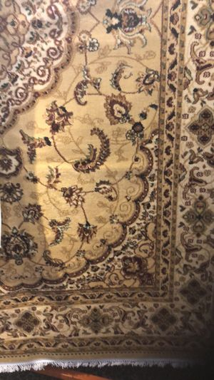 7 x 10 persian kashan rug new nice for Sale in Los Angeles, CA