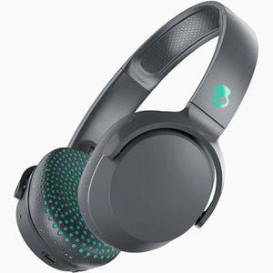 Skullcandy bluetooth headphones. $100 new for Sale in New Port Richey, FL
