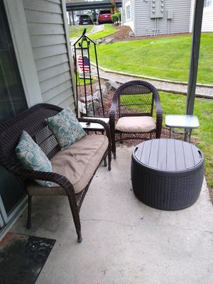 Outdoor furniture for Sale in Silverdale, WA