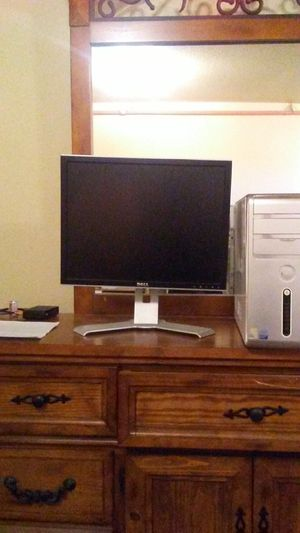 Dell monitor&Dell tower for Sale in Clifton, CO