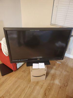 Vizio 55 inch smart tv for Sale in Garden Grove, CA
