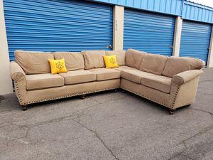 Modern sectional couch, brand new ,livingroom for Sale in Glendale, AZ