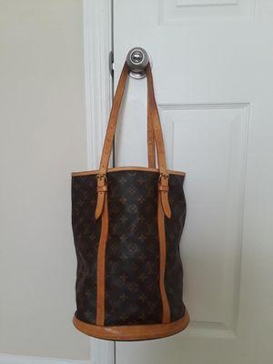 Louis Vuitton Bucket Bag for Sale in Ocoee, FL
